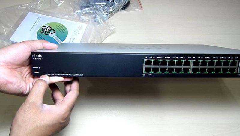 Hình ảnh Switch cisco SRW224G4-K9 (SF300-24)